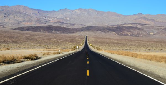 Highway, Death Valley, Foto: tsaiproject, 2012, flickr, CC-Lizenz
